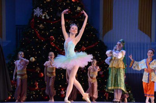 Hannah Drew dancing